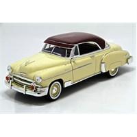 Motormax 1950 Chevy Bel Air -Krem 1:18 Model Otomobil