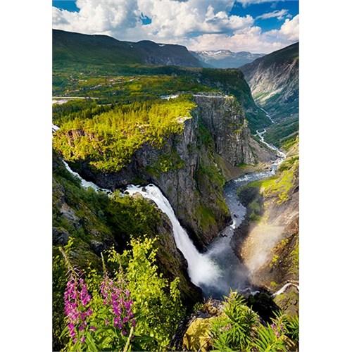 Trefl Voringsfossen Şelalesi (Norveç) 1000 Parça Puzzle