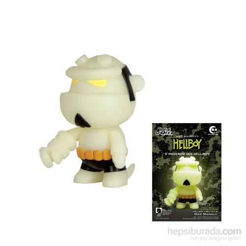 Hellboy 5'' Qee Figure: Glow İn The Dark