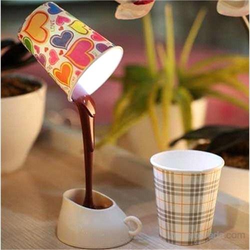 Dökülen Kahve Görünümlü Lamba