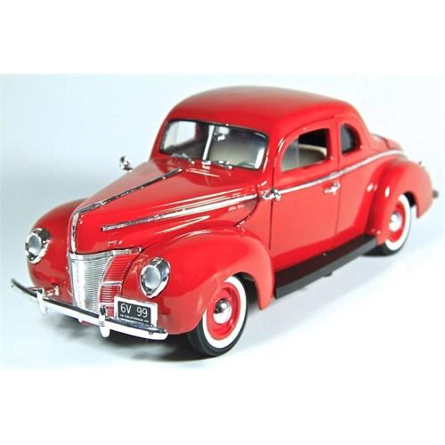 Motormax 1:18 1940 Ford Deluxe -Kırmızı