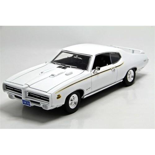 Motormax 1:18 1969 Beyaz Pontiac Gto Judge Model Araba