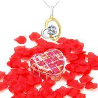Chavin Taşlı Kalp Gümüş Kolye ve Gül Yapraklı Kutu ce10by