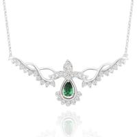 Chavin Elmas Tasarım Yeşil Taşlı Gümüş Bayan Kolye cu82