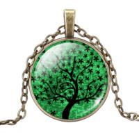 Yeşil Ağaçlı Kolye