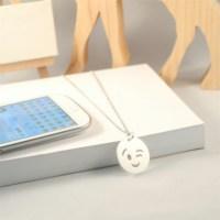 Crystal Baby Özel Tasarım 925 Ayar Gümüş Emoji Göz Kırpan Kolye