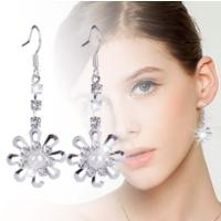 Marka Tasarım Kristal Taşlı Parlak Büyük Küpe Kar Tanesi Model Küpe Modelleri