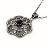 Tesbihci Dede Telkari İşlemeli Çiçek Tasarım Oltu Taşı Gümüş Kolye