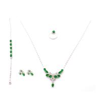 Akyüz Gümüş Yeşil Zirkon Taşlı Gerdanlıklı Gümüş Set