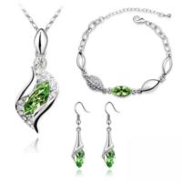 A-Leaf My Love Kolye Küpe Bileklik Set Avusturya Kristali Bayan Takı Seti - Renk Yeşil