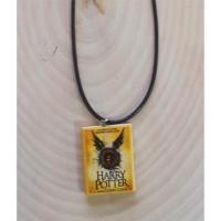 Köstebek Harry Potter - Cursed Child Book Kolye