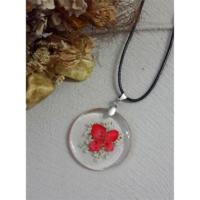 Köstebek İpli Kırmızı Ve Beyaz Çiçekli Kolye