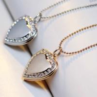 Şirin Hediye İçine Resim Koyulabilen Sevgiliye Özel Zincirli Taşlı Çelik Kolye Hediyesi