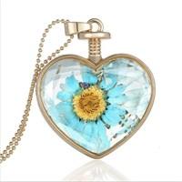 Güven Altın Yaşayan Kolye Kristal Cam İçinde Kurutulmuş Çiçekler Yk21