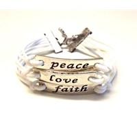 Betico Fashion Beyaz Aşka Ve Barışa Inanbilekliği