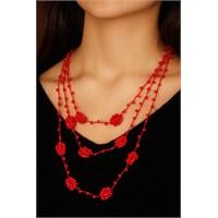 Morvizyon Kırmızı Renk Boncuk Detaylı Bayan Tasarım Kolye