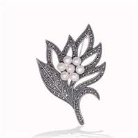 Tekbir Silver Gümüş Markazit Taşlı Yaprak İnci Broş