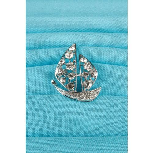 Çınar E-Ticaret Gümüş Yelkenli Figür Parlak Taşlı Bayan Broş