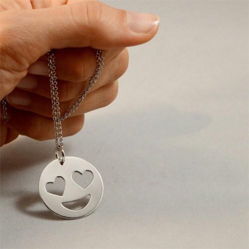 Crystal Baby Özel Tasarım 925 Ayar Gümüş Emoji Aşık Yüz Kolye
