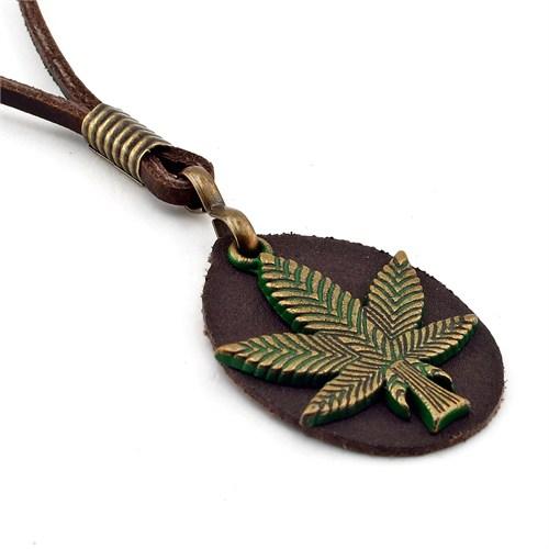 Solfera Cannabis Metal Deri Erkek Kolye Yeşil K400