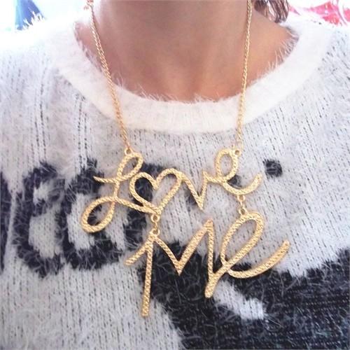 Modalina Love Me Yazılı Kolye