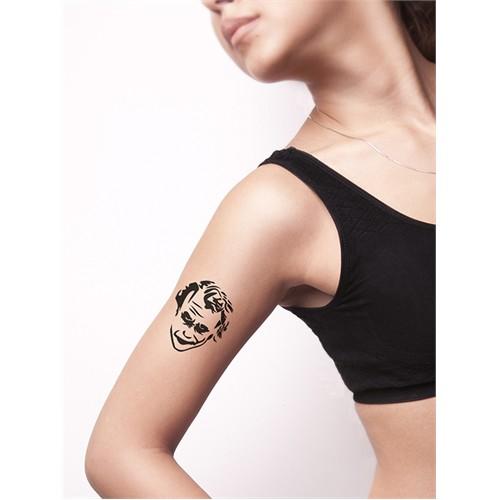 One Spray Tattoo Kaos Adildir