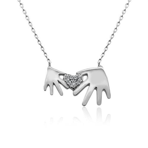 İndigo Takı Taşlı Kalp Tutan Eller Gümüş Kolye
