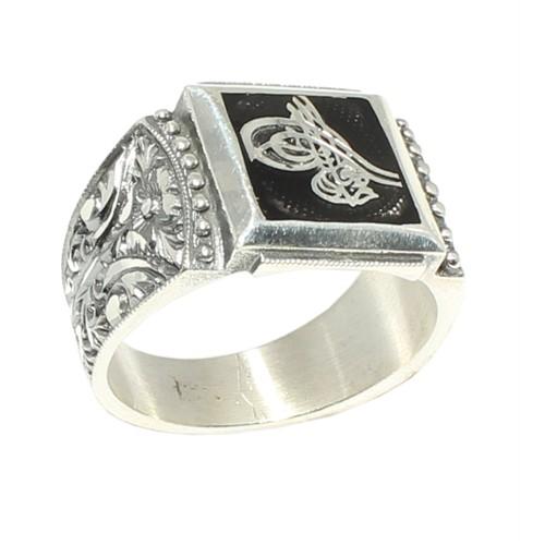 Nusret Takı 925 Ayar Gümüş Tuğralı Siyah Mineli El Kalemli Erkek Yüzük