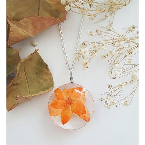 Güven Altın Yaşayan Kolyeler Kristal Cam Kurutulmuş Çiçekler Yk125