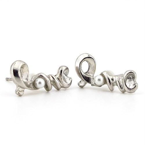 Solfera Love Yazılı Taşlı Bayan Küpe Aşk E097a