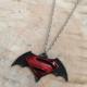 Kırmızı Siyah Batman Süperman Metal Erkek Kolye dg27