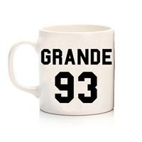 Köstebek Ariana Grande - 3 Kupa