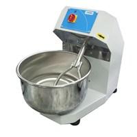 Mateka Hamur Yoğurma Makinası Çatallı 20 Kg