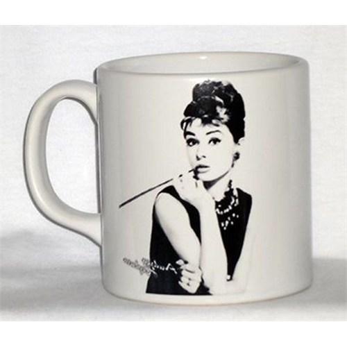 Köstebek Audrey Hepburn Kupa