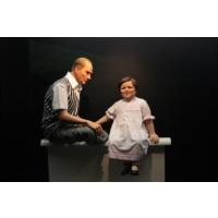 Digier Mustafa Kemal Atatürk ve Kız Çocuğu Canvas Tablo