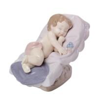 Nao Biblo Uyuyan Küçük Kız