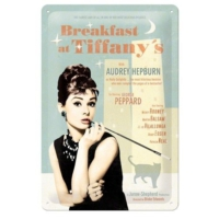 Nostalgic Art Breakfast At Tiffany'S Blue Metal Kabartmalı Duvar Panosu (20 X 30 Cm)