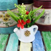 Sulama Kabında Yapay Çiçek Kırmızı