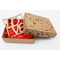Ayşegül Evleniyor Kutu İçinde Love Yazılı Bardak Altı 01