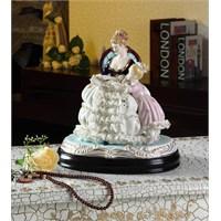 Gift Cloud Anne Kız Figürlü Biblo