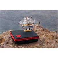 Mira Ahşap Gemi Maketi Tasarım Kutu Siyah Kare Kutu 16*13 Cm