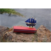 Mira Ahşap Gemi Maketi Tasarım Kutu Kırmızı 22*8 Cm