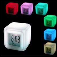 Hardymix 7 Renk Değiştiren Alarmlı Dijital Küp Saat
