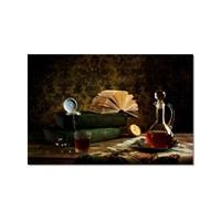 Tictac Masadaki Kitaplar Kanvas Tablo - 50X75 Cm