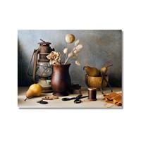 Tictac Masadaki Eşyalar Kanvas Tablo - 60X90 Cm
