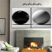 Canvastablom İ577 Siyah Ve Beyaz Toplar Parçalı Kanvas Tablo