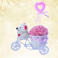 Doğum Günü Hediyesi Bisikletli Ayıcığın Pembe Bahçesi
