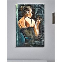 Siyah Elbiseli Kadın Dekoratif Kanvas Tablo