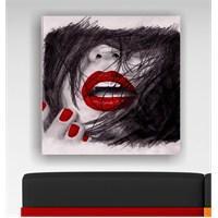 Kırmızı Kadın Kanvas Tablo