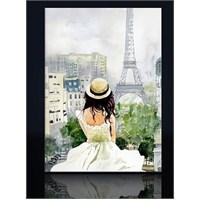 Şapkalı Kız Ve Eyfel Kanvas Tablo